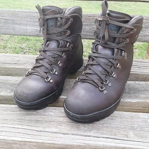 Vintage LL Bean leather hiking boots
